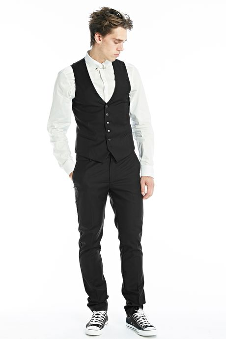 LIGHT FITTED WAISTCOAT  BLACK