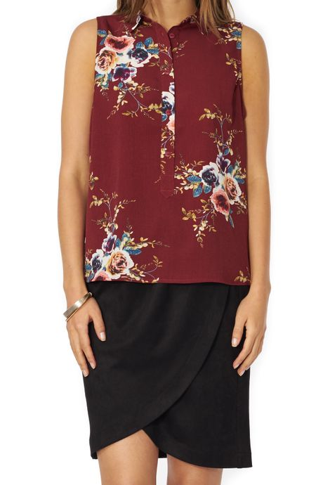 POP COPENHAGEN - FLORAL PRINTED SLEEVELESS SHIRT