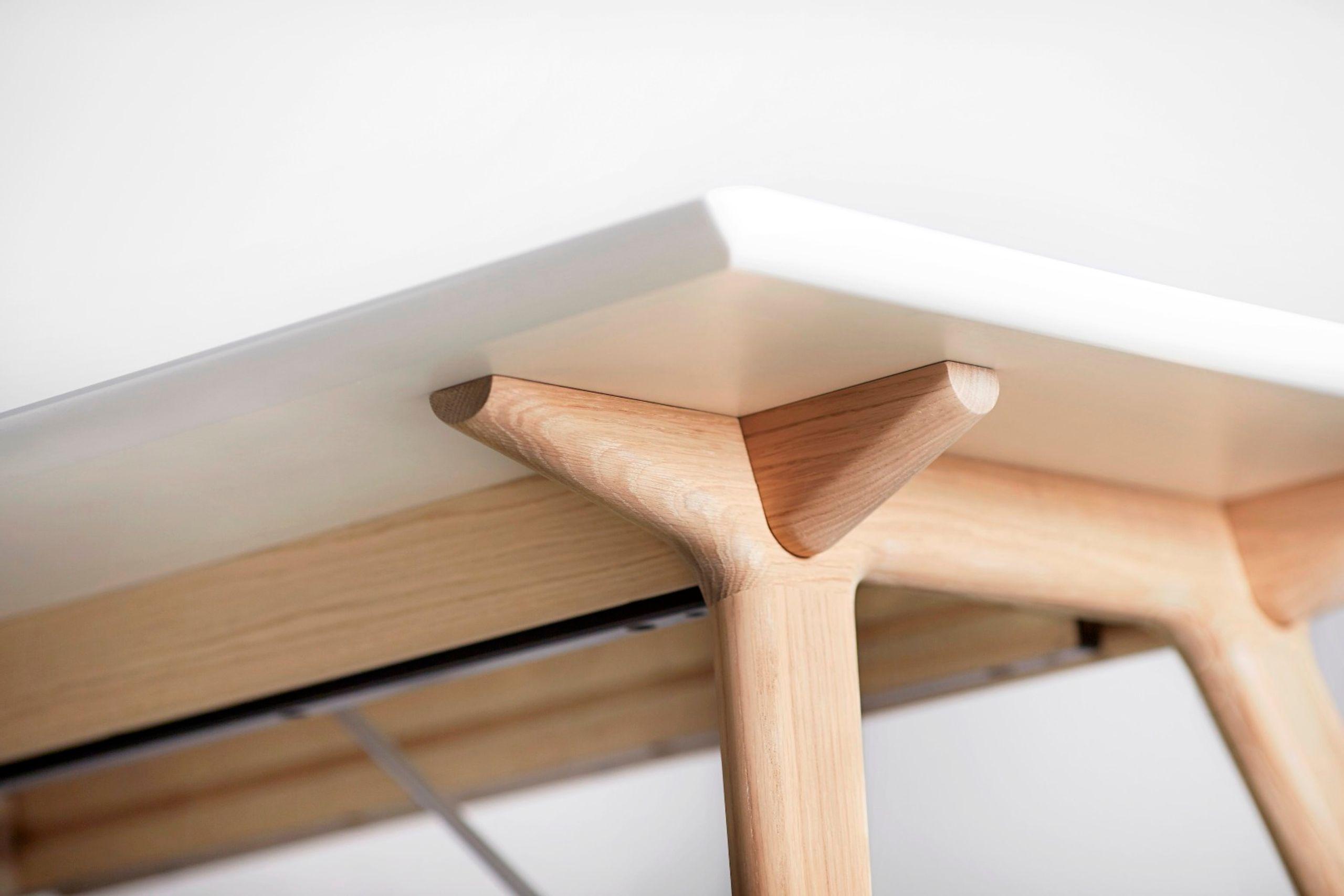 ... Andersen Furniture   Dining Table   Temp   Andersen T7 Spisebord   Hvid  Laminat   Egestel ...