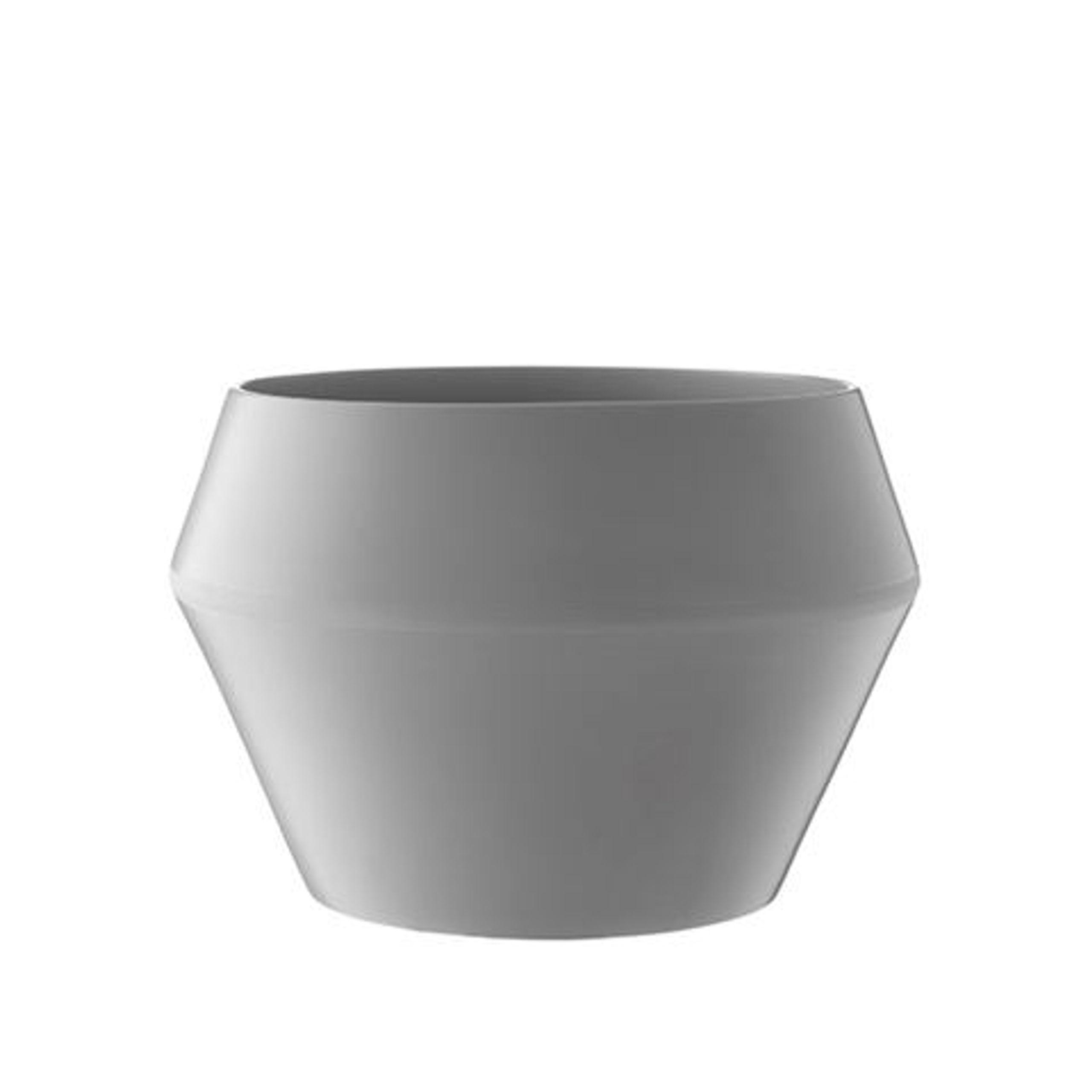 rimm flowerpot flowerpot by lassen. Black Bedroom Furniture Sets. Home Design Ideas