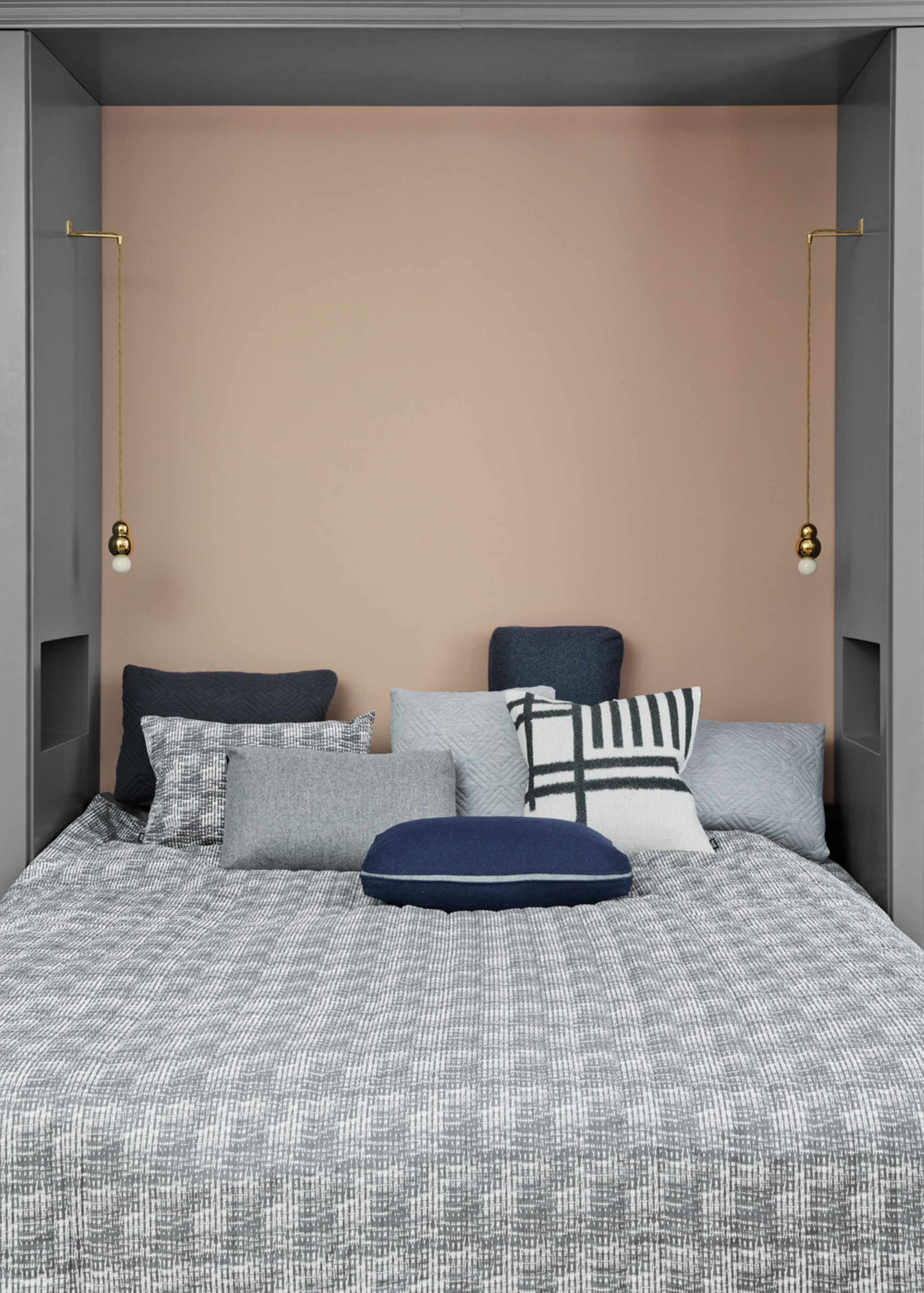 Image of   Static Bed Cover