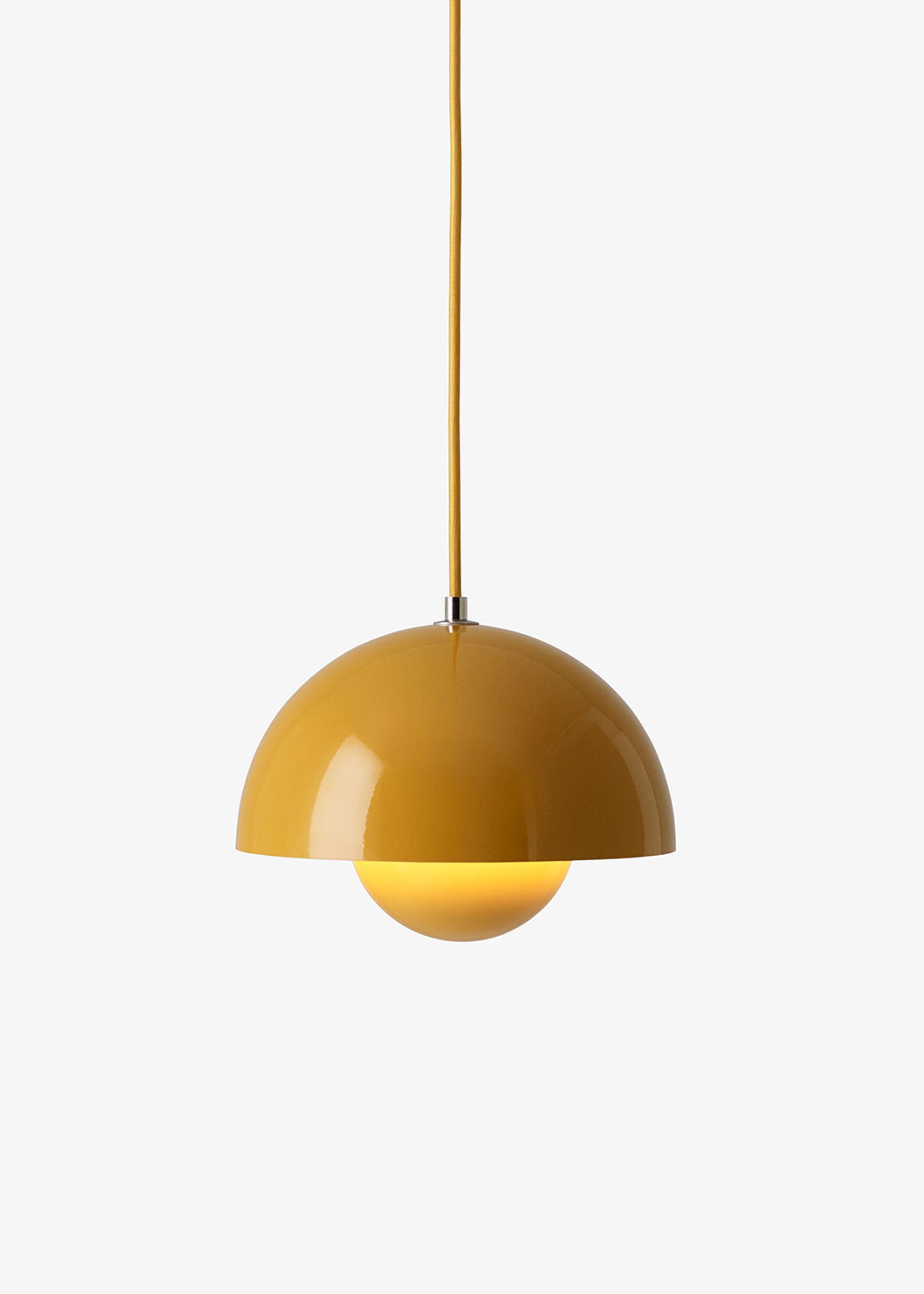 flowerpot pendel vp1 lampe tradition. Black Bedroom Furniture Sets. Home Design Ideas