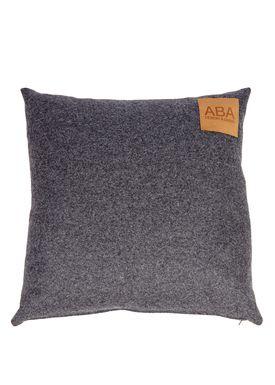 ABA - Design & Lliving - Pude - A Pillow - Robin Hood Green / Dark Grey