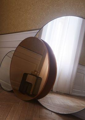 AYTM - Spejl - CIRCUM round - Clear/Walnut Small