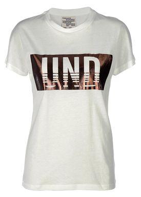 Baum und Pferdgarten - T-shirt - Eira - Logo Tee - White/Bronze