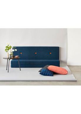 By KlipKlap - Mattress - KK 3 fold w. buttons (180 cm) - Dark blue w. orange buttons