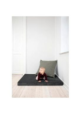 By KlipKlap - Mattress - KK Square - Velvet anthracite grey w dark grey buttons