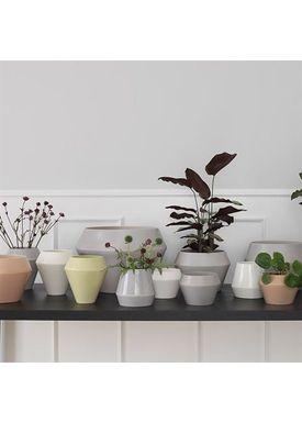 By Lassen - Flowerpot - Rimm Flowerpot - White Small