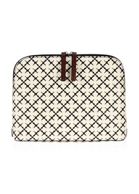 By Malene Birger - Clutch - Pouchy - Soft White Signature