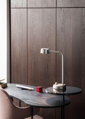 &tradition - Bordlampe - Working Title / HK1 - Hand polished aluminium
