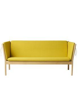 FDB Møbler / Furniture - Couch - J149 3 pers by Erik Ole Jørgensen - Oak/Ocher Yellow