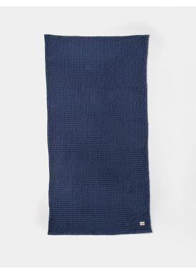 Ferm Living - Towel - Organic Bath Towel - Dark Blue