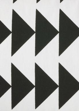 Ferm Living - Pude - Black Arrow Cushion - Sort/hvid