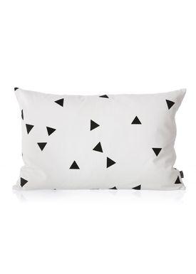Ferm Living - Pude - Black Mini Triangle Cushion - Sort/hvid