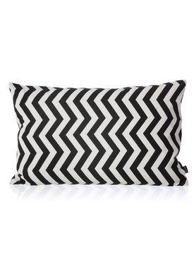 Ferm Living - Pude - Black ZigZag Cushion - Sort/hvid