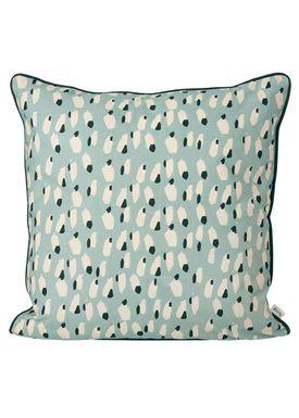 Ferm Living - Pude -  Spotted Cushion - Støvet blå
