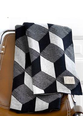 Ferm Living - Tæppe - Squares Blanket - Black