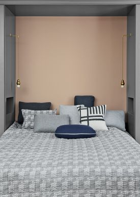 Ferm Living - Tæppe - Static Bed Cover - Grey/ White