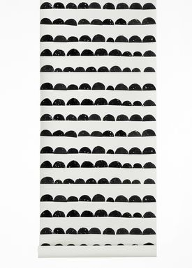 Ferm Living - Tapet - Halfmoon Wallpaper - Sort/Hvid