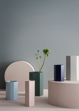 Ferm Living - Vase - Hexaon Vase - Støvet Grøn