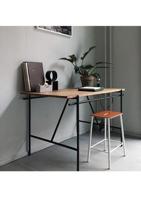 FRAMA - Skrivebord - Writing Desk / WD-1 - Black Steel / Oak