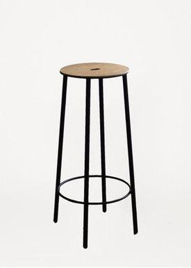 FRAMA - Stol - Adam Stool / R031 / Round - Oak / Matt black / H65
