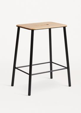 FRAMA - Stol - Adam Stool - Oak / Matt black / H50