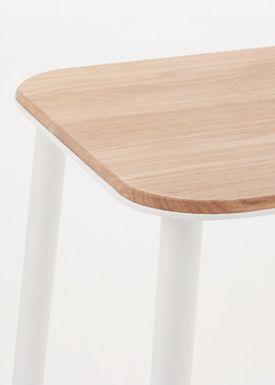 FRAMA - Chair - Adam Stool - Oak / Matt white / H75