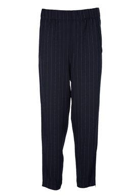 Ganni - Bukser - Clark Pants - Total Eclipse Pinstripe