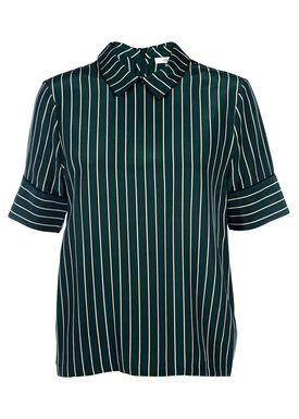 Ganni - T-shirt - Elmiras Silk Tee - Mørkegrøn m. Strib