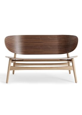 Getama - Bänk - GE1935 / Venus Bench / by Hans J. Wegner - Walnut with Oak legs