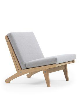 Getama - Stol - GE370 / Lav stol / af Hans J. Wegner - Egetræ
