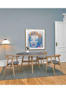 Getama - Chair - GE525 / The U-Chair / by Hans J. Wegner - Oak / Soap Treated