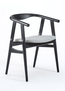 Getama - Chair - GE525 / The U-Chair / by Hans J. Wegner - Black / Oak / Stained