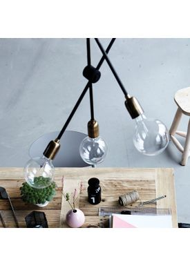 House Doctor - Lamp - Molecular Lamp - Brass/Black