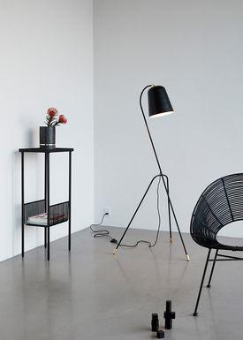 Hübsch - Gulvlampe - Bell Metal Floor Lamp - Black
