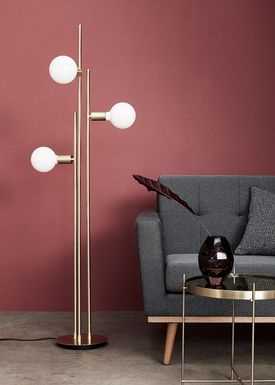 Hübsch - Floor lamp - Triple Bulb Floor Lamp - Brass/Opal
