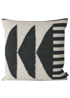 Ferm Living - Cushion - Kelim Cushion Black Triangles - Black Pattern
