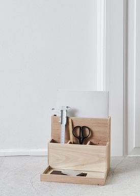 Kristina Dam - Opvaskemiddel - Desktop Organiser  - Natur