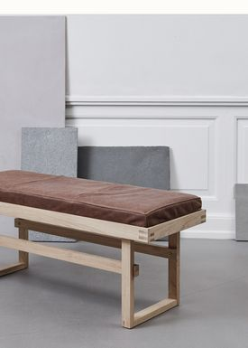 Kristina Dam - Stol - Vertical Bench - eg/Læder