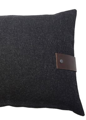 Louise Smærup - Cushion - Regular / Twist - Black Twist - 80 x 50