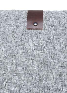 Louise Smærup - Pude - Regular / Twist - Grey Twist - 65 x 65