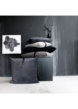Louise Smærup - Cushion - Velvet - Rosa - 50 x 50 cm