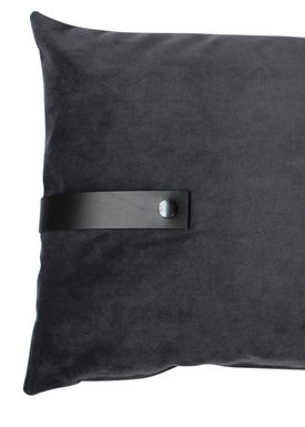 Louise Smærup - Cushion - Velourpude  - Dark Grey - 40 x 60 cm