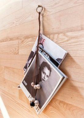 By Wirth - Magasin holder - Magazin Hang Out - Sort