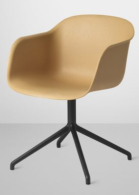 Muuto - Stol - Fiber Chair - Swivel Base - Natur/Sort