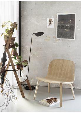 Muuto - Stol - Visu Lounge Wood - Støvet Grøn