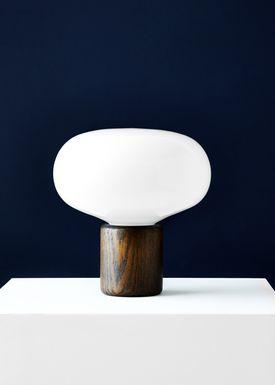 New Works - Bordlampe - Karl Johan - Smoked Oak w. White Opal Glass