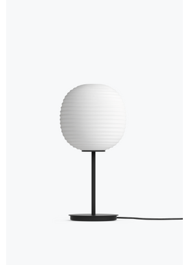 New Works - Lampa - Lantern Table Lamp of Anderssen and Voll - Mat White / Black Frame / Small