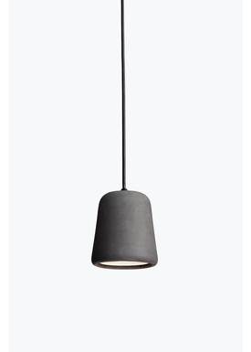 New Works - Lampe - Material Pendant - Mørke grå beton